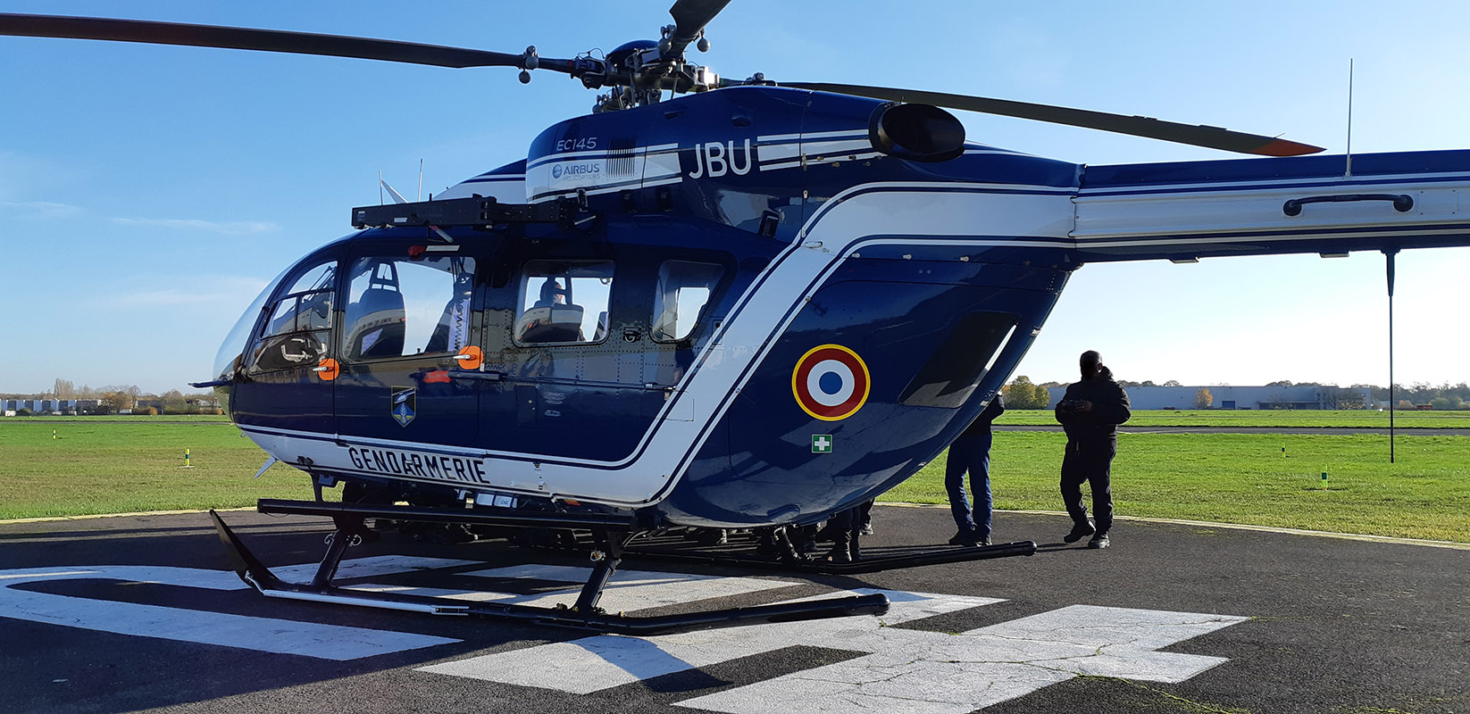 EC145 de la gendarmerie sur le parking HEP - Photo Benjamin Delrue